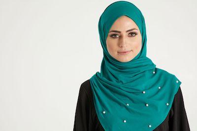 Abaya_Buth_green_pearl_hijab