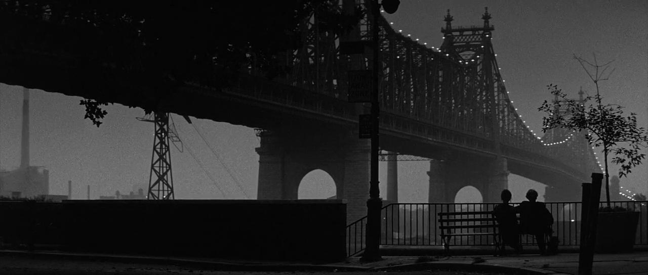 Manhattan (1979) 720p. Audio Latino e Ingles.