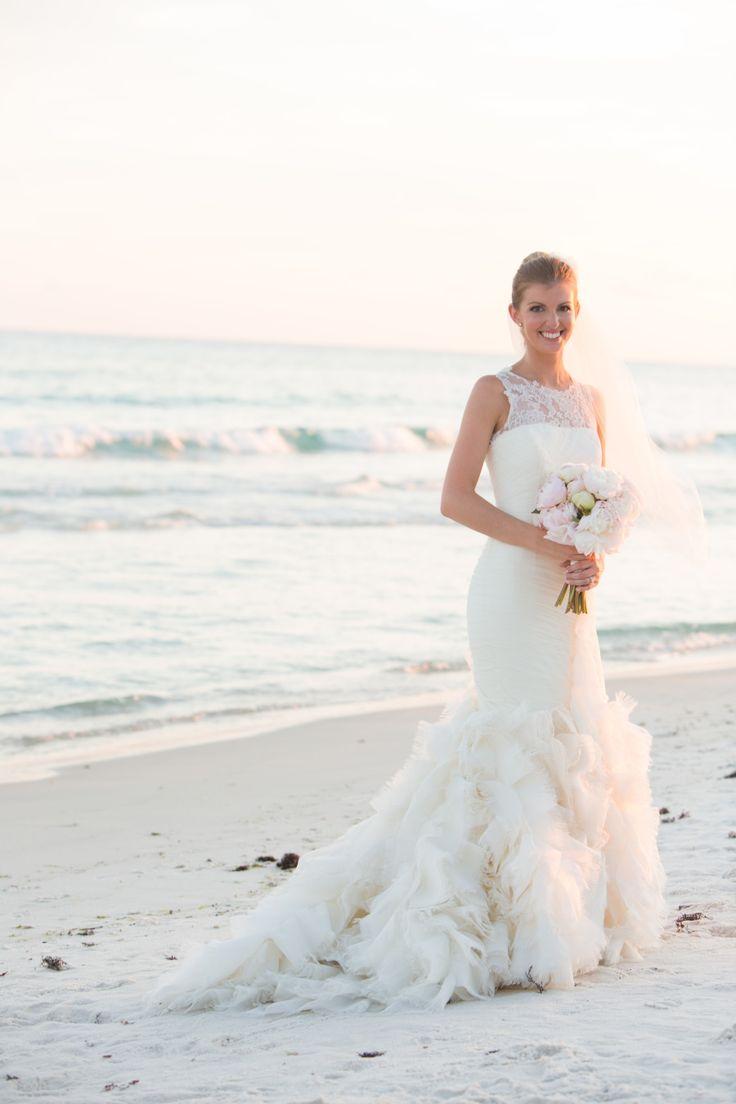 11 Beautiful Beach Wedding Dresses - KeelyBurns Blog
