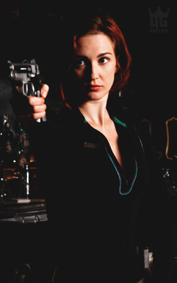 Katherine Barrell Cast_wynonna_earp_kat_s2