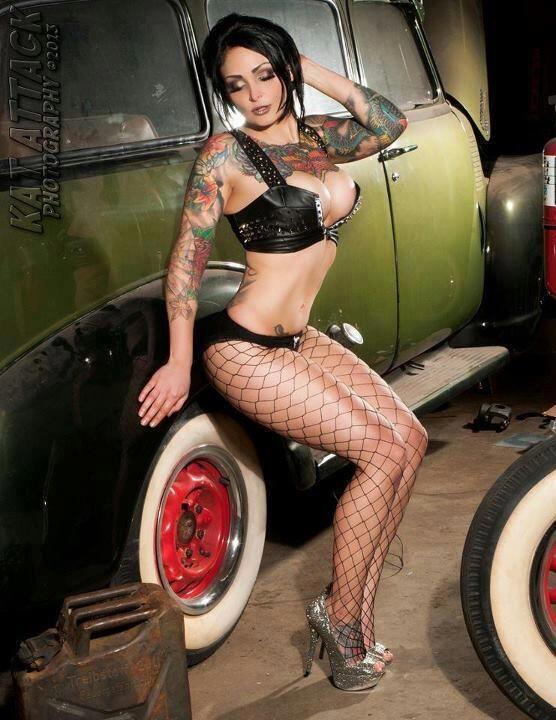 [Image: hot_car_mechanic_pin_up_girl_tattoo_26.jpg]