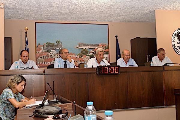 Το περιφερειακό επιμελητηριακό συμβούλιο στη Ναύπακτο