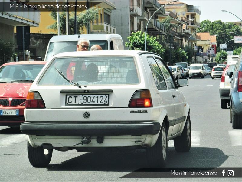 Veicoli commerciali e mezzi pesanti d'epoca o rari circolanti - Pagina 6 Volkswagen_Golf_Van_D_1_6_54cv_90_CT904124