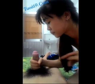 Clip: Em gái 2k02 Cần thơ sóc lọ BJ cho Bạn trai tại phòng trọ!!!