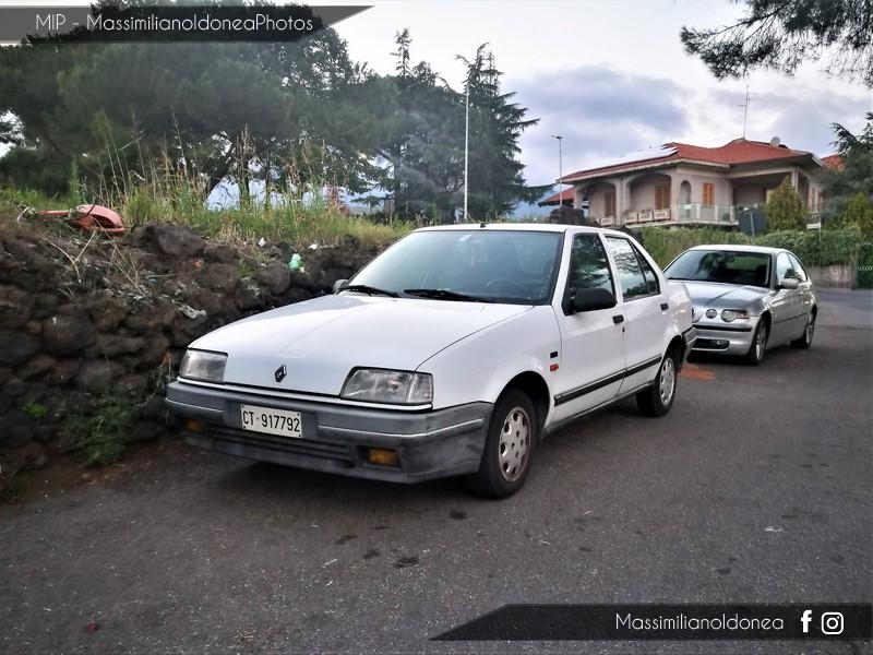 avvistamenti auto storiche - Pagina 35 Renault-19-Chamade-1-2-54cv-90-CT917792-65-288-2-10-2017