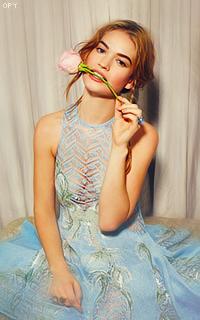 Lily James avatars 200x320 Lily_James_Opy10