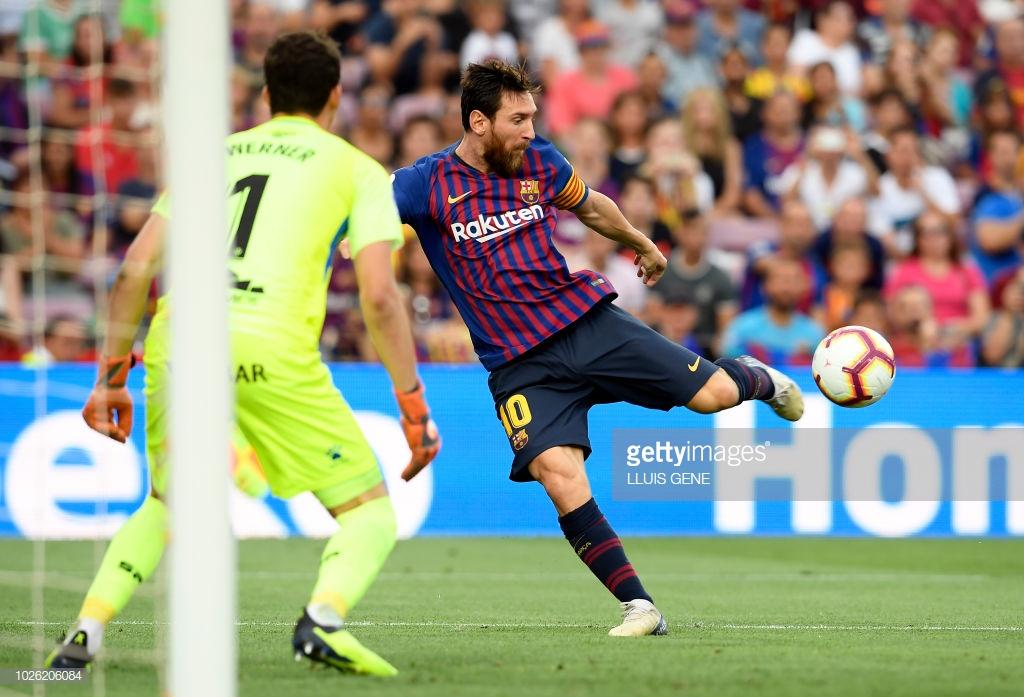 صور مباراة : برشلونة - هويسكا 8-2 ( 02-09-2018 )  C3