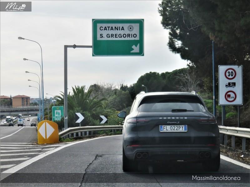 Avvistamenti auto rare non ancora d'epoca - Pagina 12 Porsche_Cayenne_S_2_9_441cv_18_FL022_PY_2