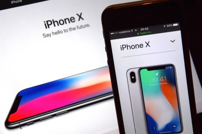 Apple-მა iPhone-ის წარმოება დროებით შეაჩერა