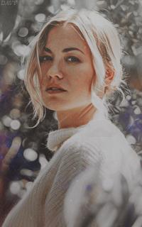Yvonne Strahovski Avatars 200x320 pixels   Yvon10