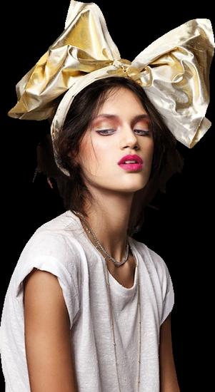 femme_chapeau_tiram_525
