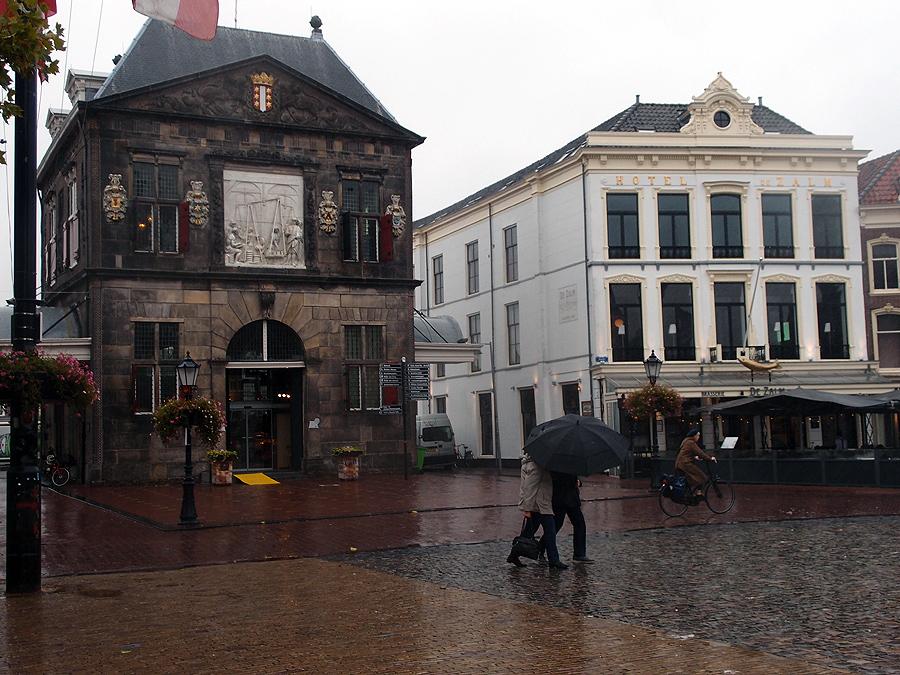 В Гауде осень, в Гауде дождь. Фотоотчёт.