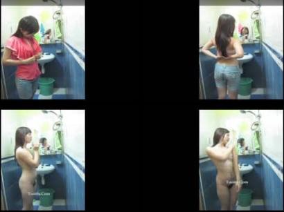 Clip: Gái Việt dâm, Vừa tắm vừa thả thính cực độc (y)
