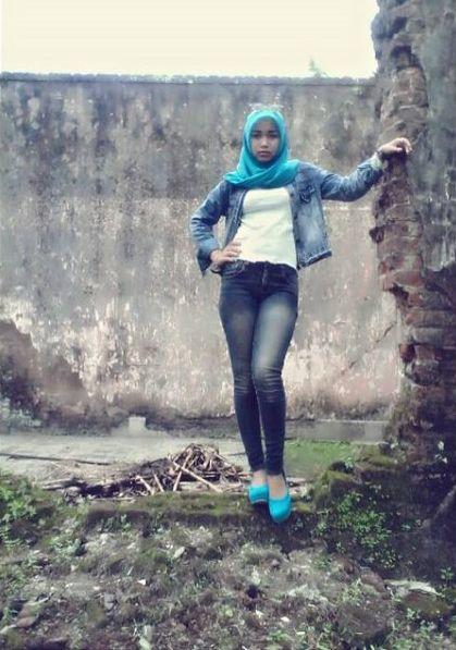 http://image.ibb.co/k61bOF/photo_gaya_gadis_jilbab_seksi_sendiri.jpg