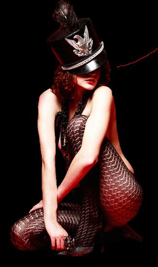 femme_chapeau_tiram_605