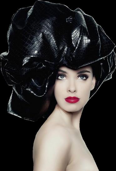 femme_chapeau_tiram_978
