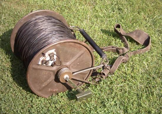 Wanted: WW2 era sigal wire reels British