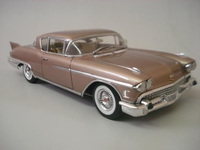 Cadillac Seville 1958 - Arii - 1/24 - Concluido DSC05906