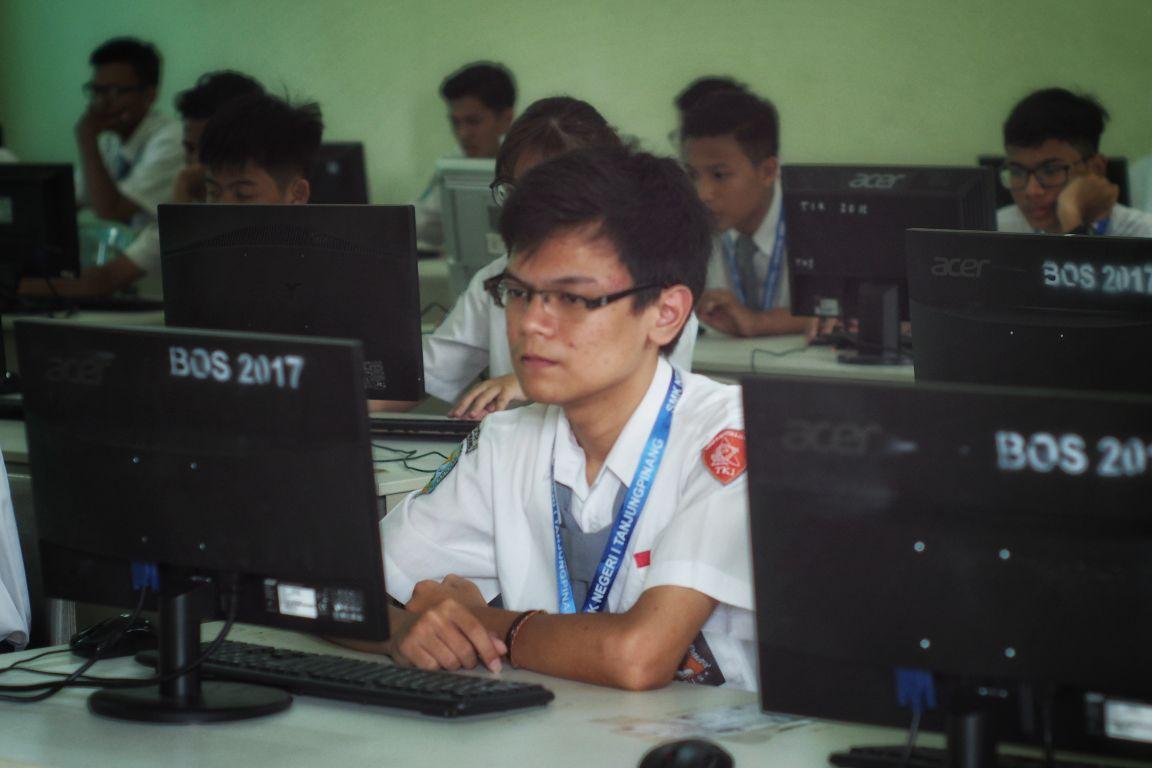 2019targetkan Pelaksanaan Unbk 100 Persen Produk Ukm Bumn Batik Tulis Warna Alam Ra Ampamp