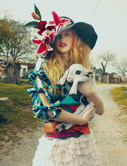 femme_chapeau_tiram_47