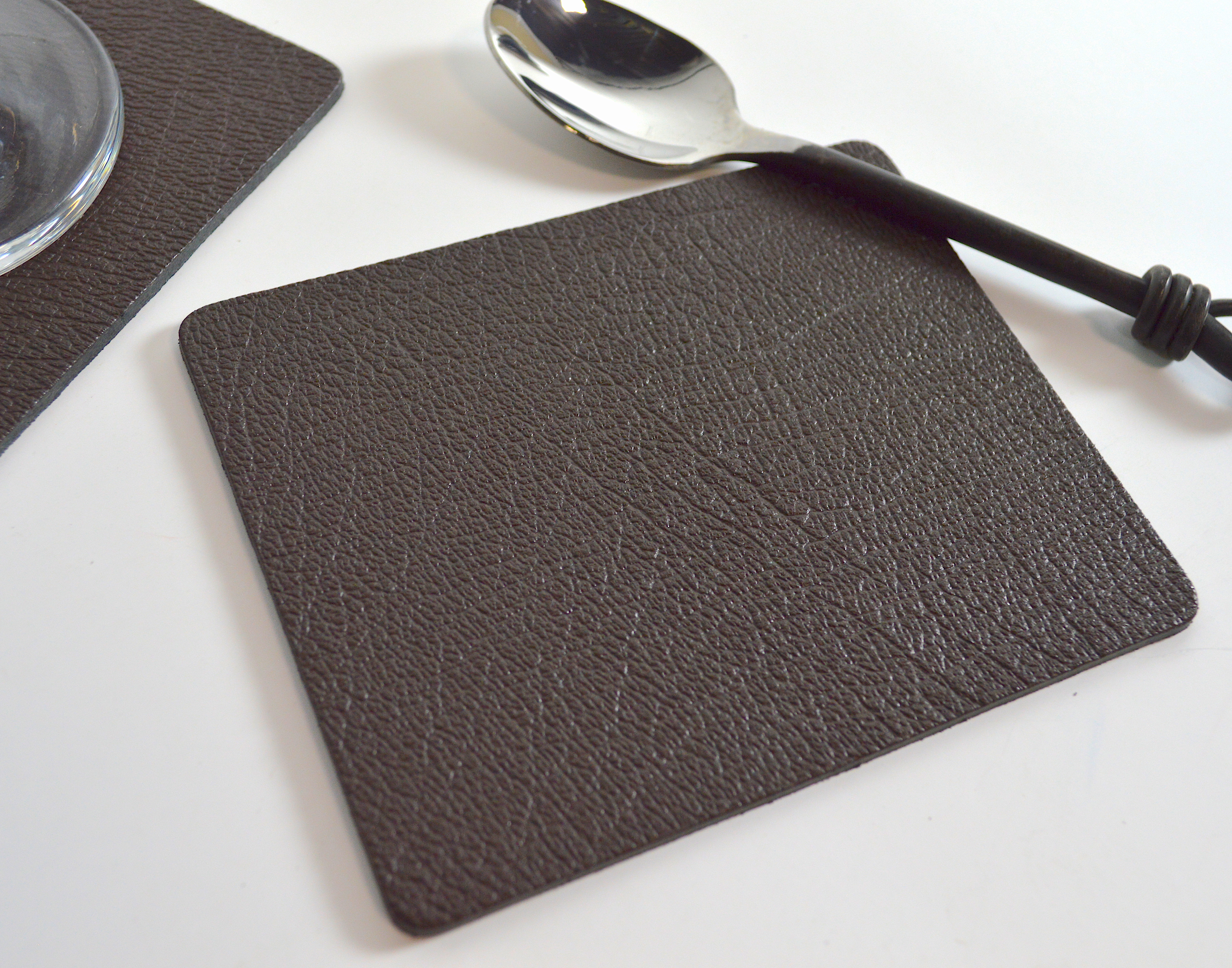 Made In UK Giftag Set of 6 Artisan Brown Bonded Leather Placemats and 6 Coasters 12 Piece Set