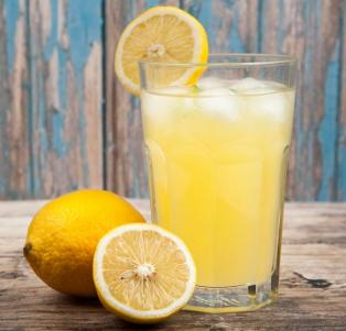 lemon_juice_to_prevent_adult_pimples