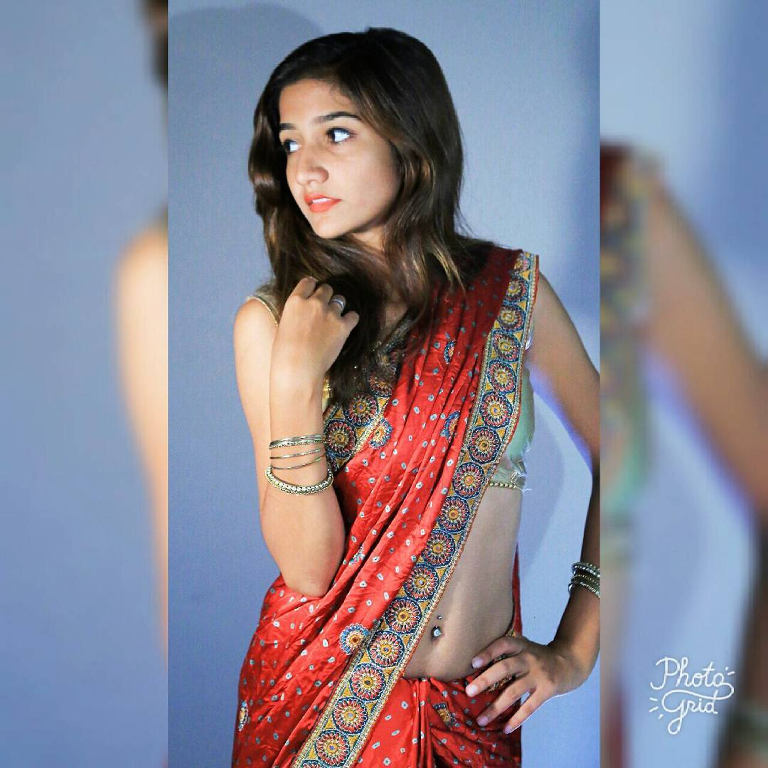 Deci Lover In Download: SAREE SEDUCTION....₹.....DEsi Girls Only For Saree Lovers