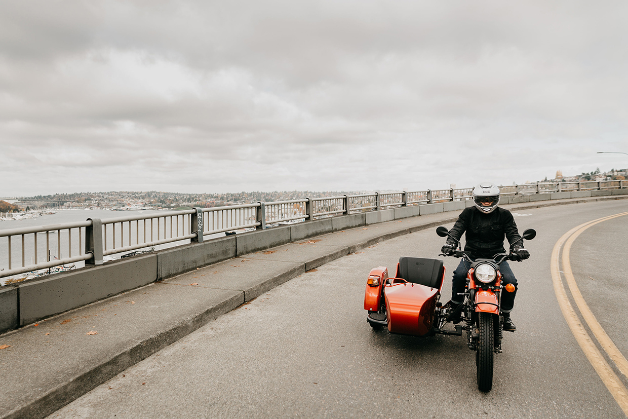 Ural-Electric-Lifestyle-5s