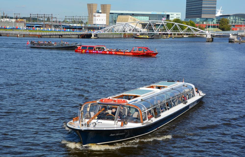 Hop-On-Hop-Off-Amsterdam-Tour