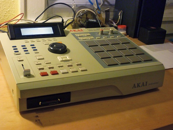 Akai MPC Forums - Recommended Card Readers : MPC2000xl