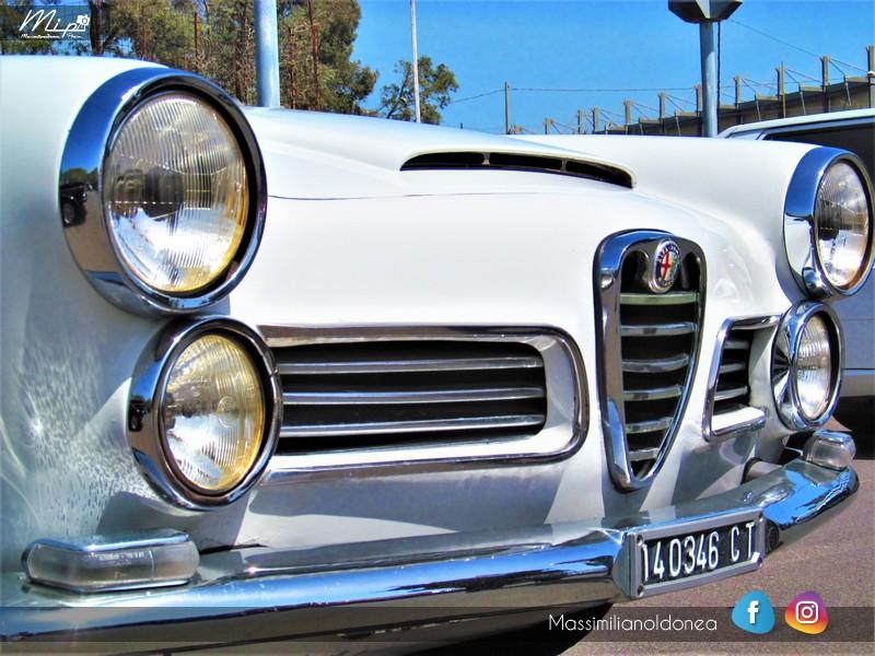 Parking Vintage - Pagina 2 Alfa_Romeo_2600_Spider_CT140346_2