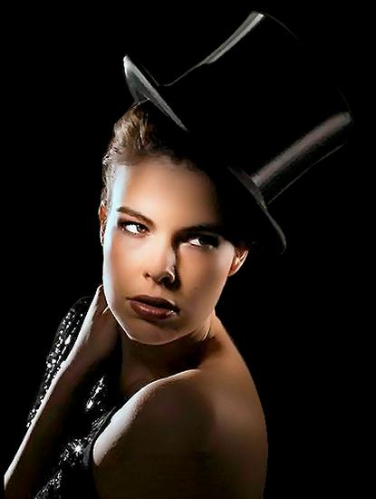 femme_chapeau_tiram_325