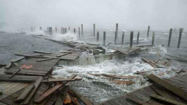 Таинственного мертвого парня из легенд засняли во время урагана «Флоренс»