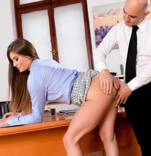 1198057 - [ PIXANDVIDEO/21SEXTURY] Sarah Sultr - Sarah Tastes Her Own Ass (2018/PixAndVideo.com/21Sextury.com/SD) SARAH SULTR (321.00 MB)