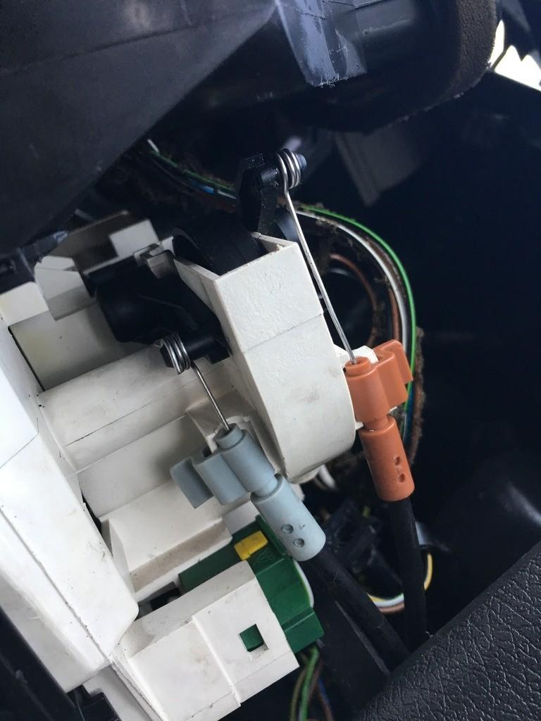 Kabels_bedieningspaneel_ventilatie