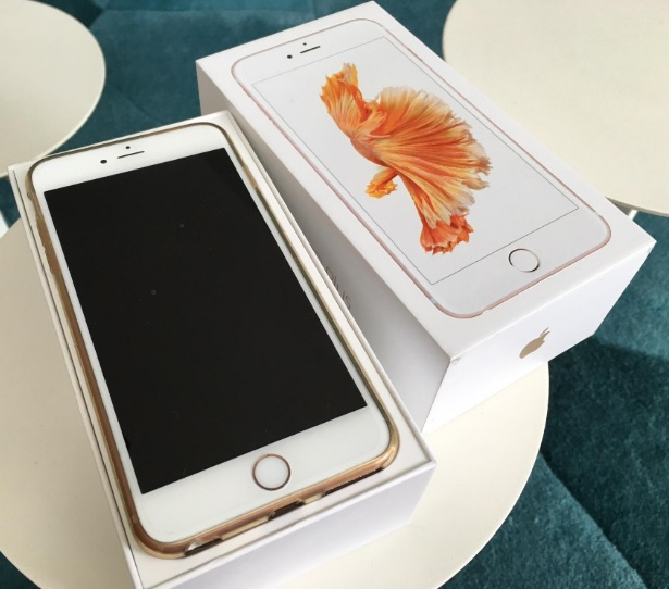 apple iphone 6s plus 128go or grade aaa reconditionne. Black Bedroom Furniture Sets. Home Design Ideas