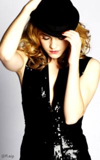 Emma Watson avatars 200x320 pixels Watson_Raip4