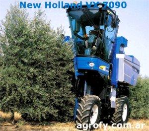 Cosechadora olivar superintensivo, New Holland VX 7090, vendimiadora olivos, máquina para cosechar olivos foto