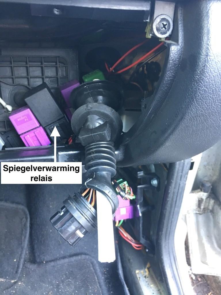 Doorvoeren kabels passagierszijde