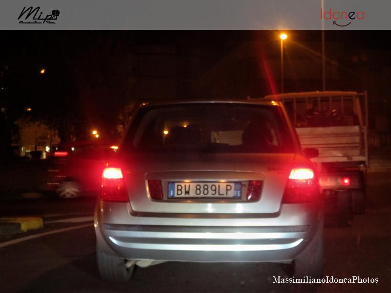 Avvistamenti di auto con un determinato tipo di targa - Pagina 18 Fiat_Stilo_16_V_1_6_103cv_01_BW889_LP_122_099_19_05_2017