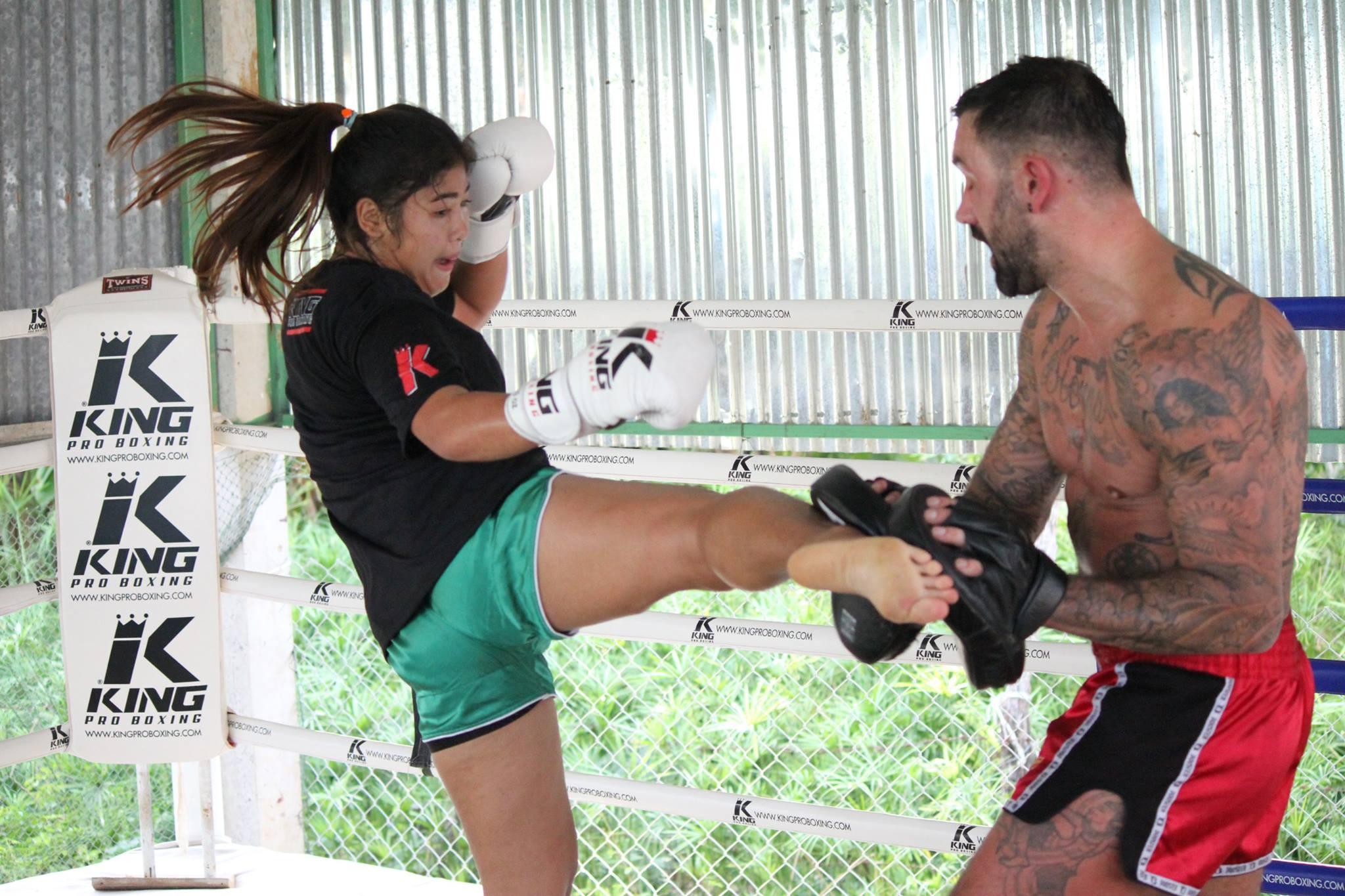Лапы тренера - Boxing Mitts - King Pro Boxing Большие  Королевство Таиланд