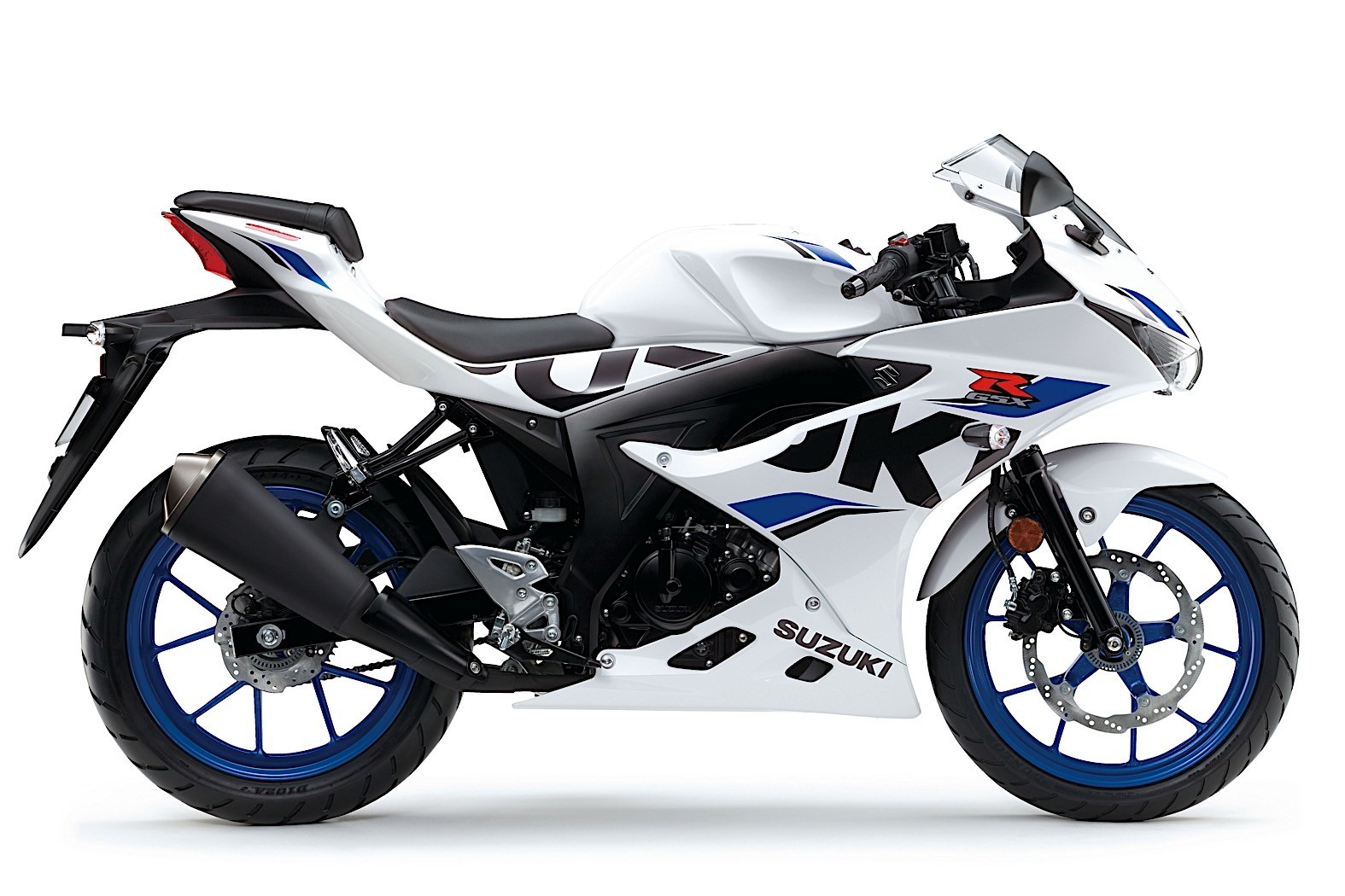 2019-suzuki-motorcycles-shine-in-new-colors-at-the-motorcycle-live-14