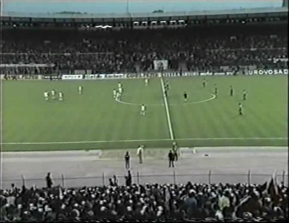 Copa de Europa 1973/1974 - Final - Desempate - Bayern Múnich Vs. Atlético de Madrid (480p) (Alemán) Captura_1