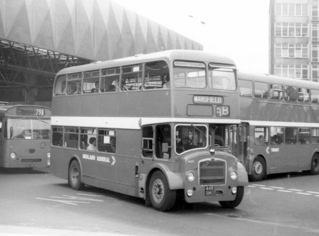 Midland_General_685_at_Victoria_Bus_Stat
