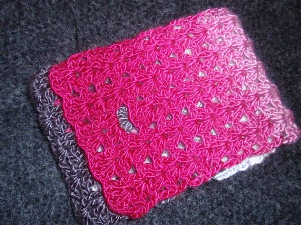 Nako-pink-grey-2-iris-stitch-bag-A.jpg