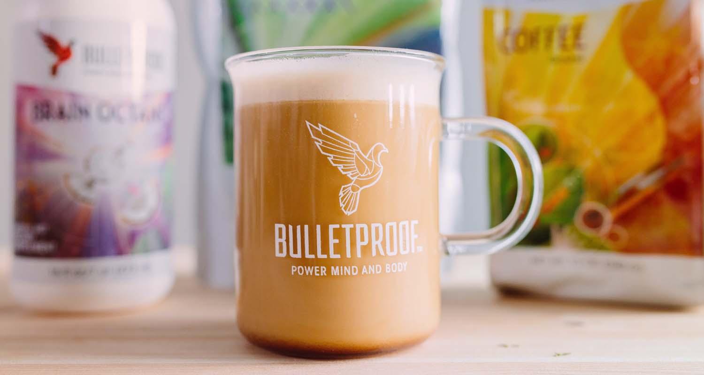 bulletproof coffee, kawa kuloodporna, kawa z masłem odchudzanie