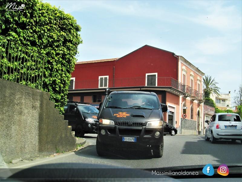 Avvistamenti auto rare non ancora d'epoca - Pagina 12 Hyudai_H1_4x4_TD_2_5_101cv_FE056_PB