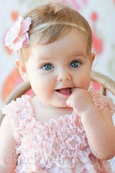 linda_bebe_con_bonitos_ojos