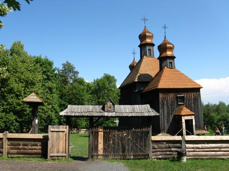 Музей національної архітектури та побуту Пирогово