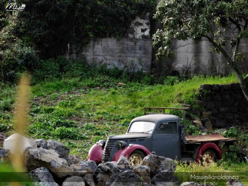 Mezzi Abbandonati - Pagina 4 Fiat_1100_Camioncino_3